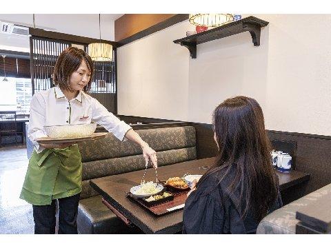 濵かつ 広島庚午店 <ホールスタッフ>